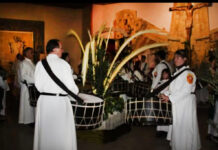 Los grupos parroquiales participan activamente de la Semana Santa.